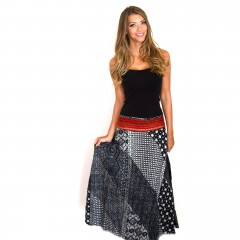 Live Thai Traditional Pom Skirt